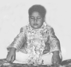 Prem Rawat in meditation c1960